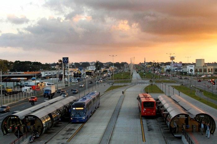 A tarifa do transporte coletivo de Curitiba será reajustada e passará a R$ 4,25 a partir de zero hora da próxima segunda-feira (6/2/2017). Foto: Pedro Ribas/SMCS (arquivo)